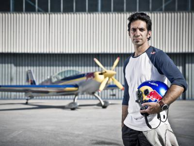 Brit pilótával erősít a Red Bull Air Race