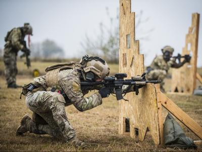 Katonai randevúk ingyenes usa